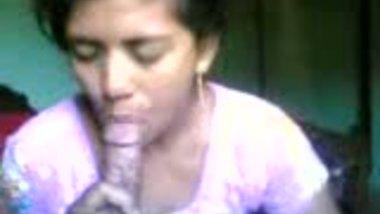 Bangladeshi village bhabhi sucking her lover's dick on cam