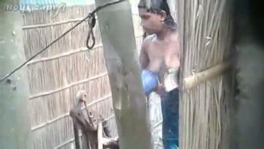 Peeping tom captures outdoor bath