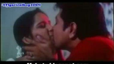 Desi masala reshma first night sex scene saree lifted