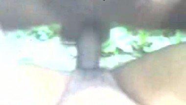 Desi sex mms clip of village bhabhi fucked by neighbor in jungle