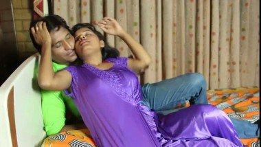 Hot Bhabhi With Lover Seducing Hot Mms Video