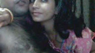 Desi newly married couple on Webcam Enjoying Sex in Hotel Scandal