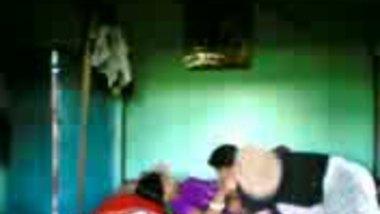 Fsiblog – Bangladesi bhabi first time fucked by devar & neighbor MMS