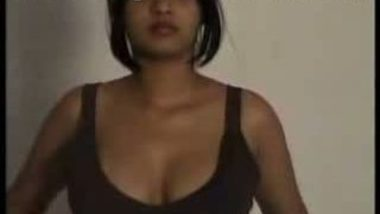 Indain Teen First Nude Shot