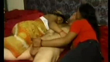Desi Girls One Cock Share