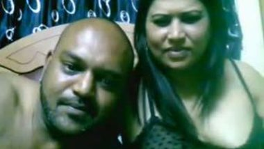 Mature vizag aunty home sex with hubby's friend