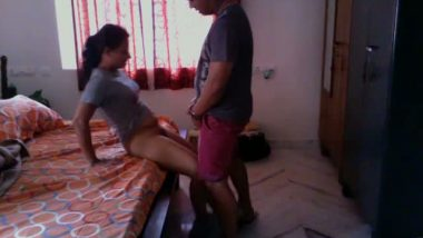 Amateur wife turns horny with car mechanic