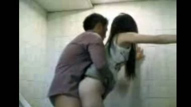 Vasant bihar young teen couple leaked MMS scandal
