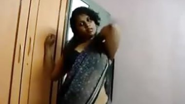 Indian ex-wife shows her titties every chance she gets