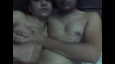 Village bhabhi goes naked with hubby on live cam