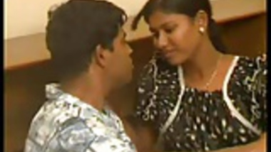 Indian - Amateur couple fucks hardcore