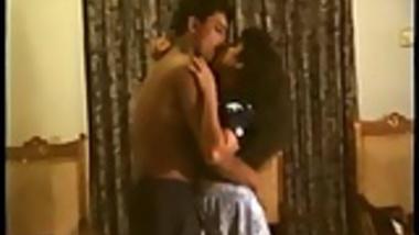 MATURE INDIAN WIFE FUCKS COUSIN FILMED BY HUSBAND Pt 4
