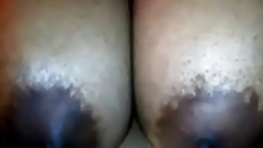 Desi Couple Webcam Fondling & Fingering also some Hindi Chat