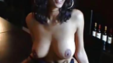 desi woman flashing tits