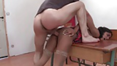 Amateur indian schoolgirl analized by her teacher
