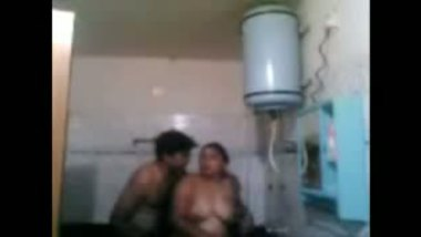 Pornsex mms punjabi aunty shower fucked by lover