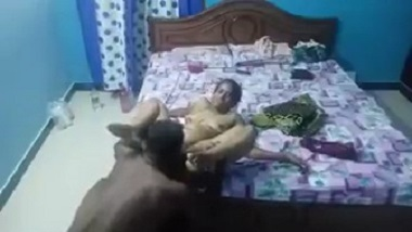 Cheating Indian wife porn video with hubby's friend