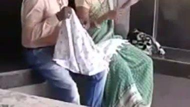 Desi outdoor sex hot bhabhi with lover