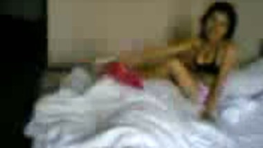 Indian hidden cam porn teen girl with lover