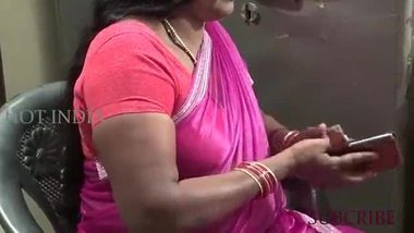 South Indian aunty auditioning for a porn movie