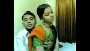 Sexy Bangladeshi girl enjoyed by her cousins