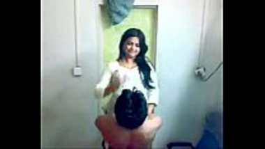 Indian bhabhi romancing her servant for the first time
