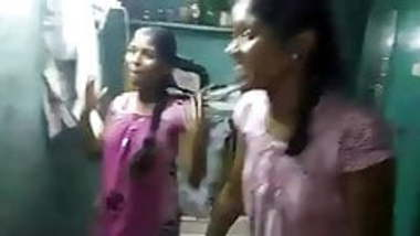 tamil lesibian school girls with audio (viral-2018)