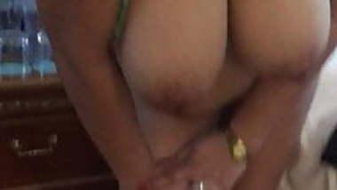 New Huge boobs mallu aunty changing bras