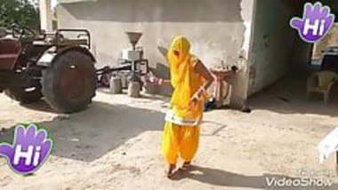 village bhabhi dance