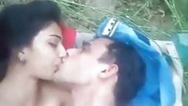 Nepali Girl Ourdoor River Sex Videos With Lover - Indian Porn Tube ...