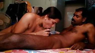 Tamil hot couples making their hot sex video
