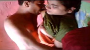 Indian village guy sucking boobs of his bhabhi