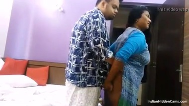 Desi mature XXX pussy of an unsatisfied horny aunty