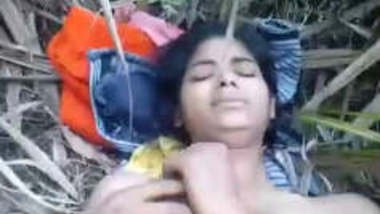 Indian college couple outdoor fucking in jungle